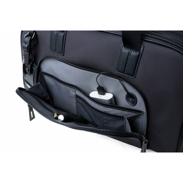 JMNY-Atlas-travel-bag-charcoal-grey-front-pockets